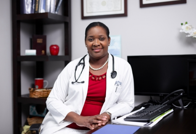DR. SHEENA SMITH-WALLACE
